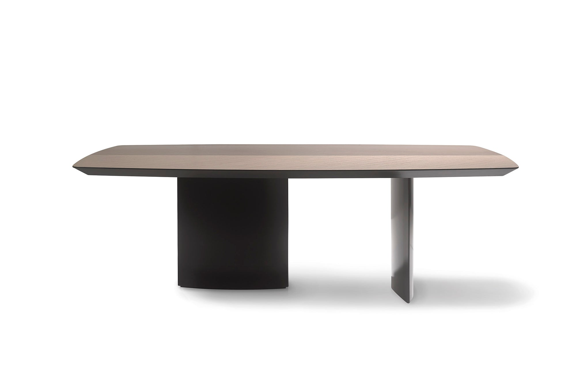 Wind Dining Table