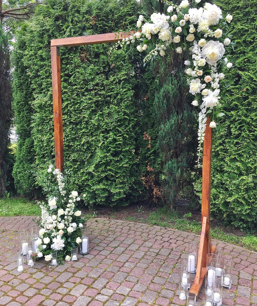 Wooden arch.  for flowers