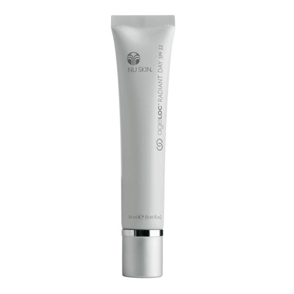 ageLOC RADIANT DAY MOISTURISER WITH SPF 22