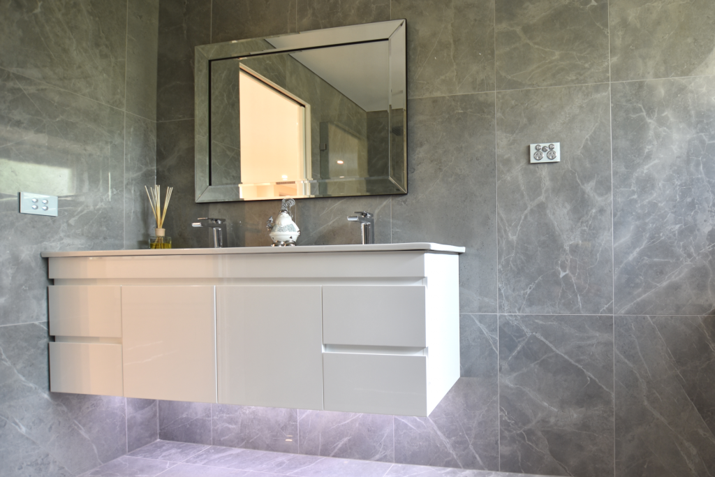 Vanities with ceramic 1 piece tops are easy to clean due to less gaps