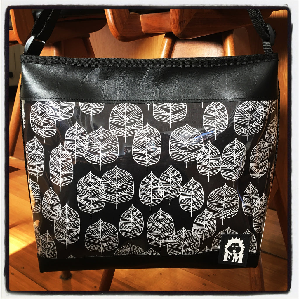 Zip-Up Tote Bag -  Falling Leaves