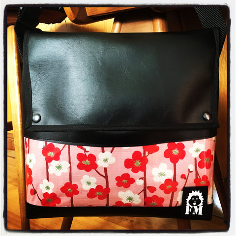 Messenger Bag - Blossom Season