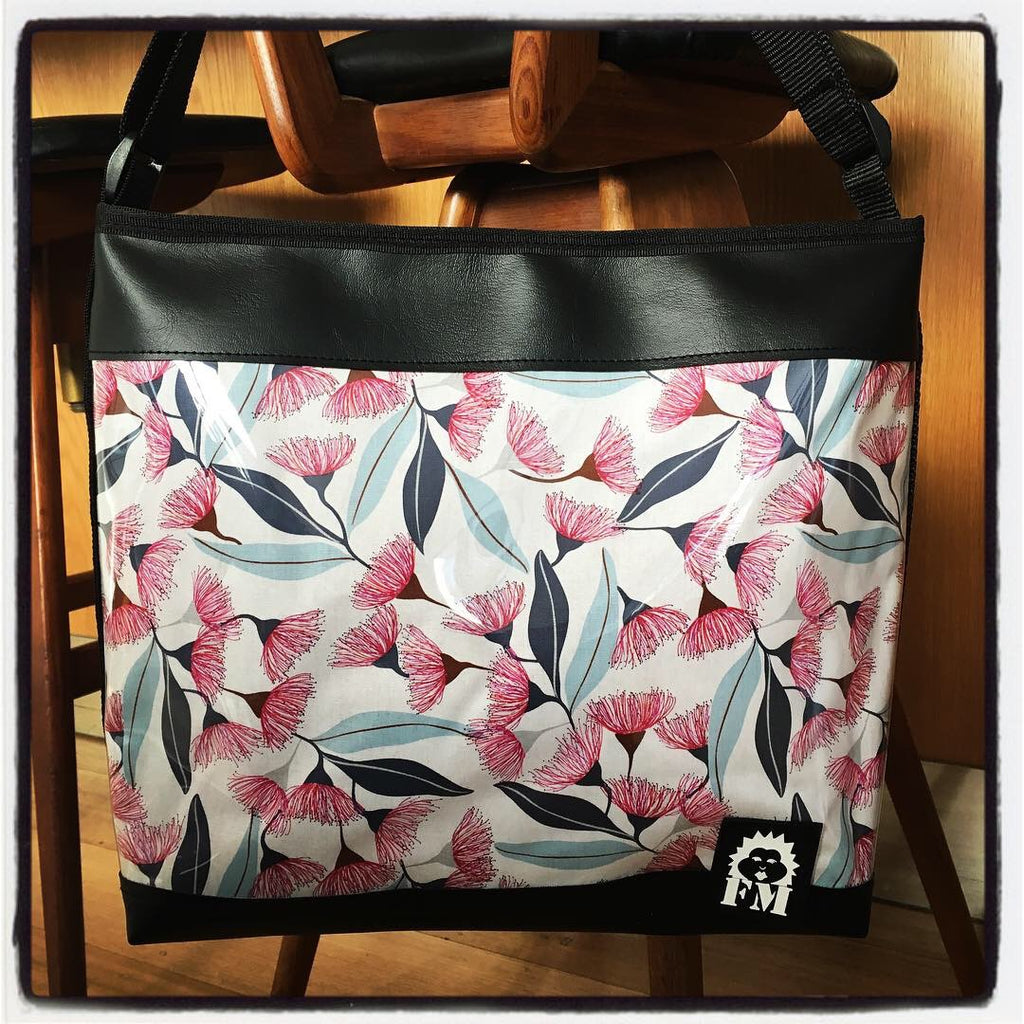 Zip-Up Tote Bag - Pink Flowering Gumtree