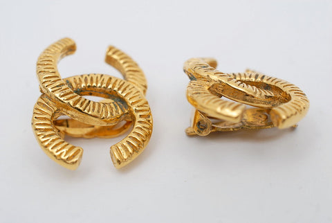 Chanel Chanel Cocomark Earrings Gold P0520
