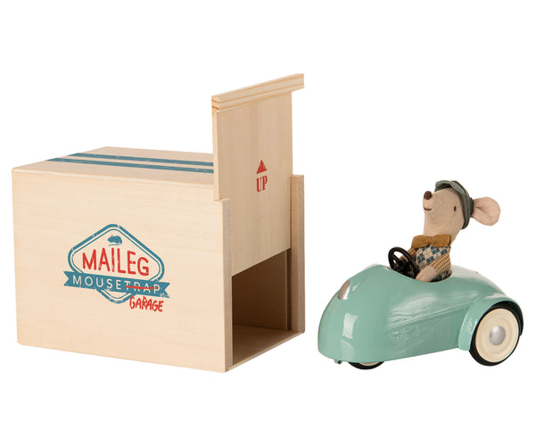 MOUSE CAR W. GARAGE BLUE
