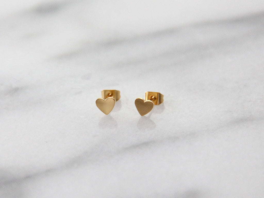 MAIVE - HEART STUD EARRINGS