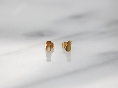 MAIVE - PINEAPPLE STUD EARRINGS