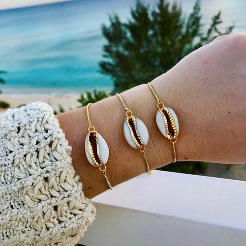 Chained Shell Bracelet