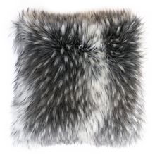 Load image into Gallery viewer, Luxury Imitation Fur Throw<br>Alaskan Wolf