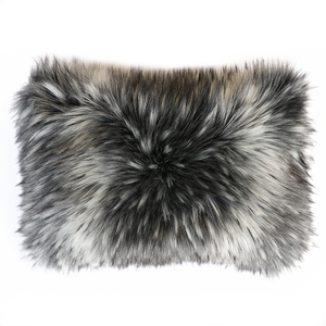 Luxury Imitation Fur Throw<br>Alaskan Wolf