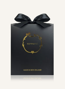 Luxury black and gold gift box from Surmanti