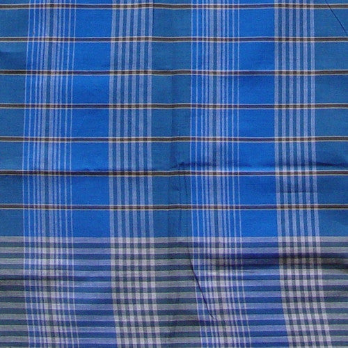 Indonesian Men's Sarong MFMS1209 Close-up