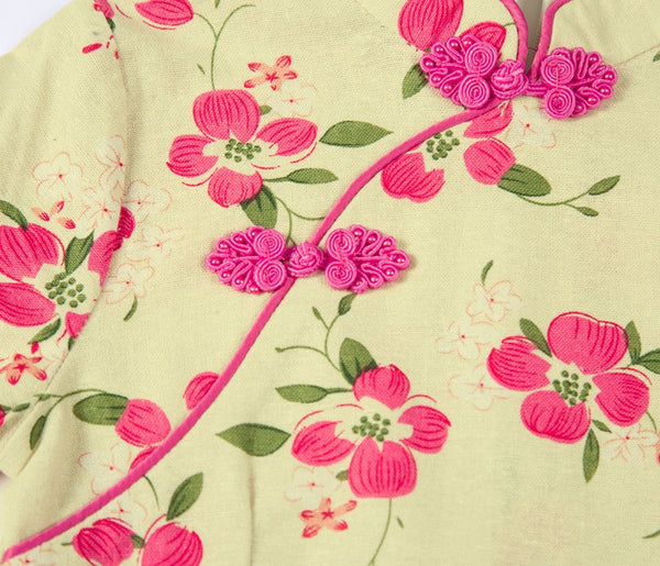 Girls Cotton Floral Cheongsam Dress (Close-up)