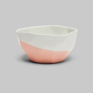 "Roze ""Melt"" bowl van porselein"