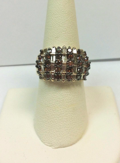 Gorgeous One of a Kind Ladies 1.50 Carat Total Weight Chocolate Round & Baguette Diamond Ring
