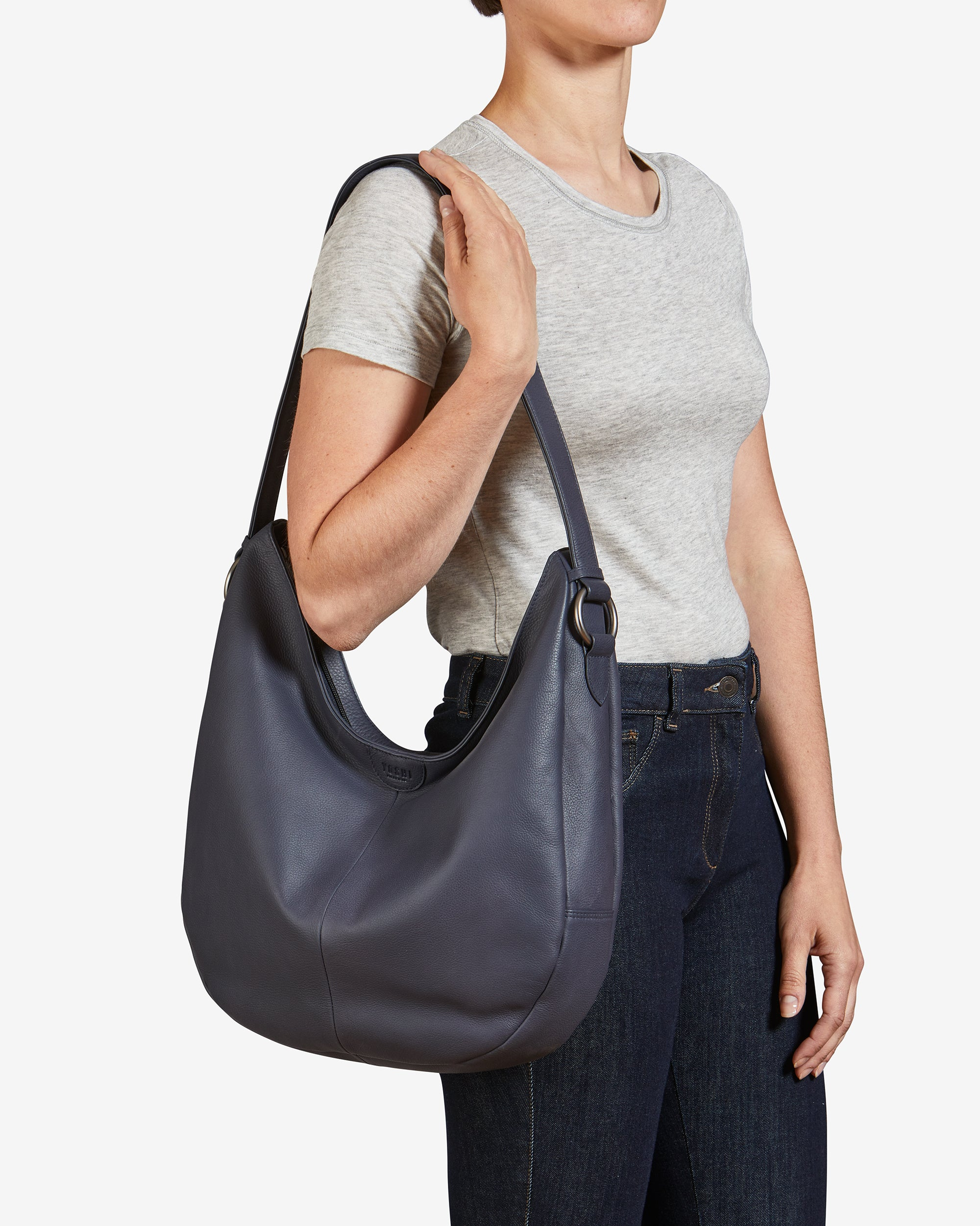 ce863fd2fcd Ludlow Navy Leather Shoulder Bag