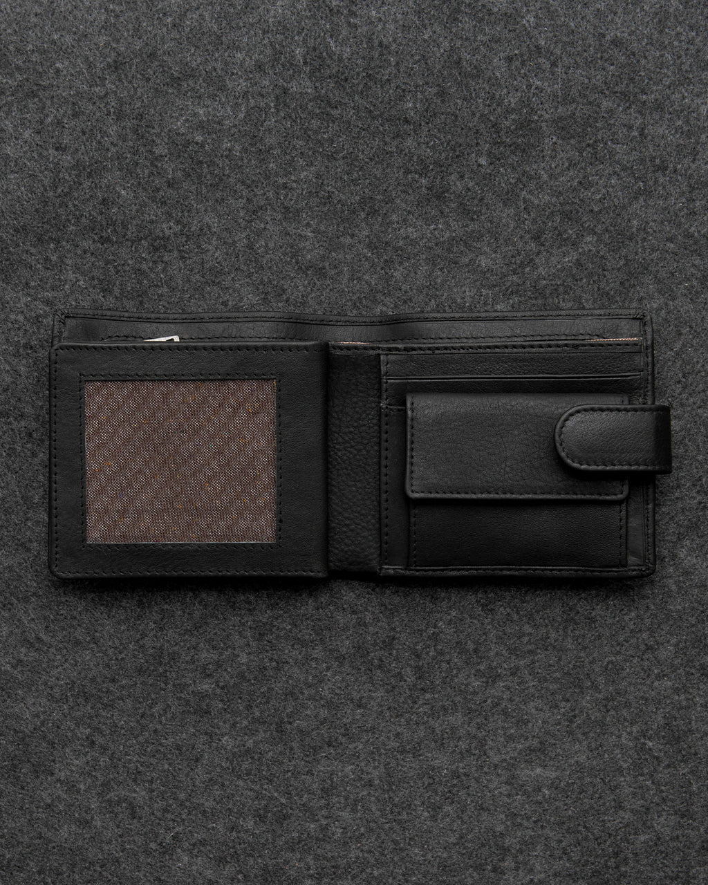 Tumble and Hide Newton Leather Everyday Wallet Black a
