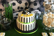 Custom-made cakes for events London - PartymakerApp