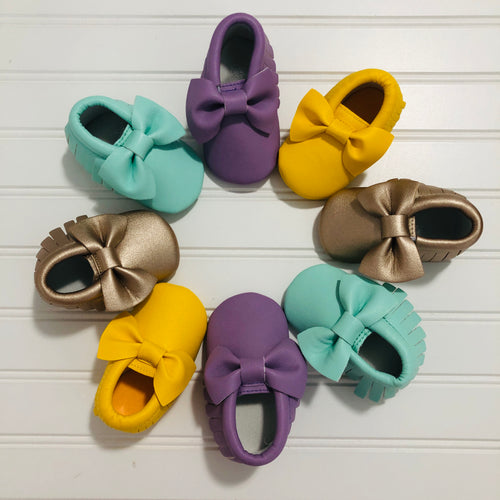 Bow And Fringe Baby Moccasins - Bold & Bright Boutique