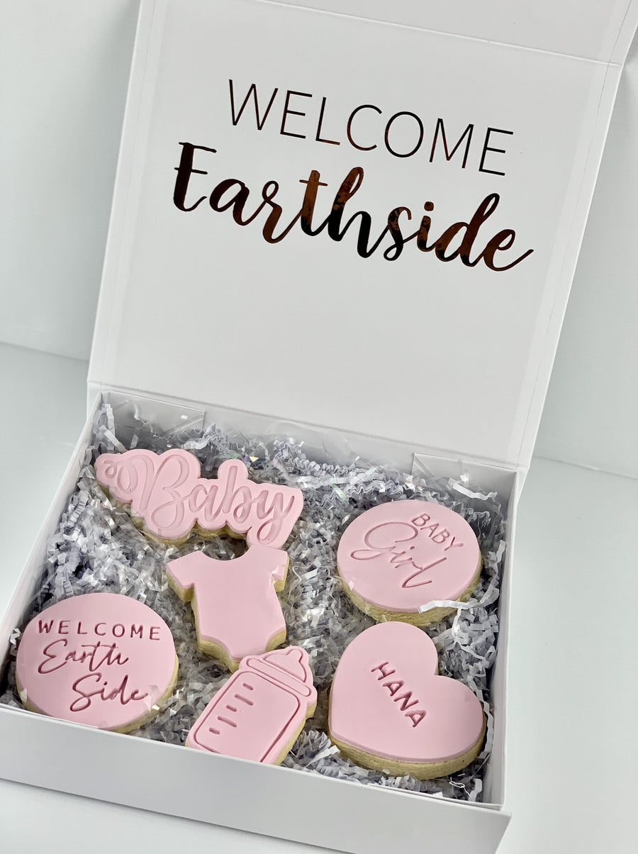 Welcome Baby 6x Cookie Pack *INCLUDES PERSONALISED ONESIE