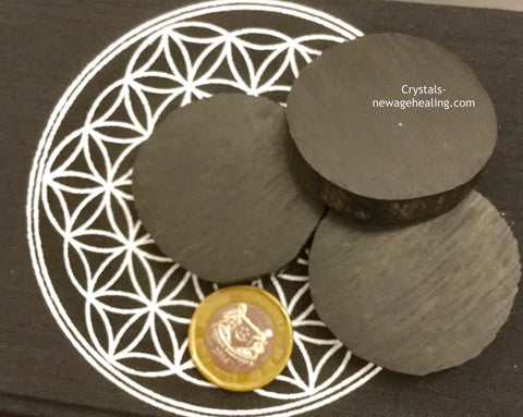 Penawar Hitam ( Black Gold ) wood disc shaped for pocket estimated 45mm c/w Free Organza pouch carrier