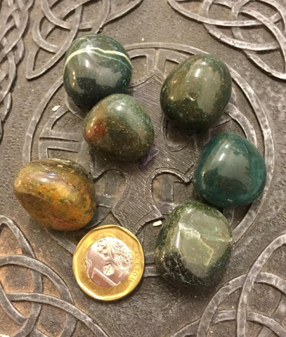 Bloodstone crystals medium - 1pcs estimated 15~20gm