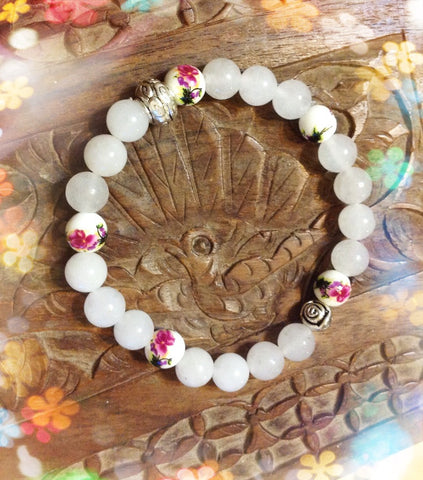 Bracelet- White Jade with authentic design-1