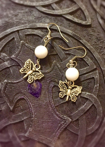 Earrings - White Tridacna with butterfly