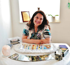 Michelle Araujo Psychic & Therapist