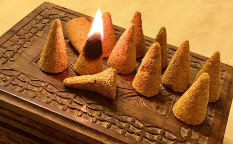 Palo Santo cones 12pcs ( organic - naturally harvested )
