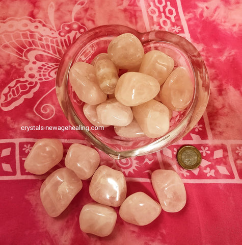 Rose Quartz tumbled crystal  * per piece estimated 30gm ~ 50gm