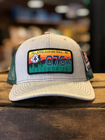 O76 LICENSE PLATE TRUCKER HAT