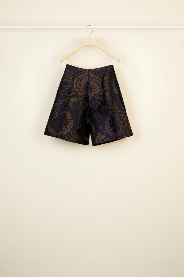 Image 4 of 4 - High-waisted virgin wool shorts