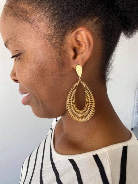 Teardrop Dangle Earring