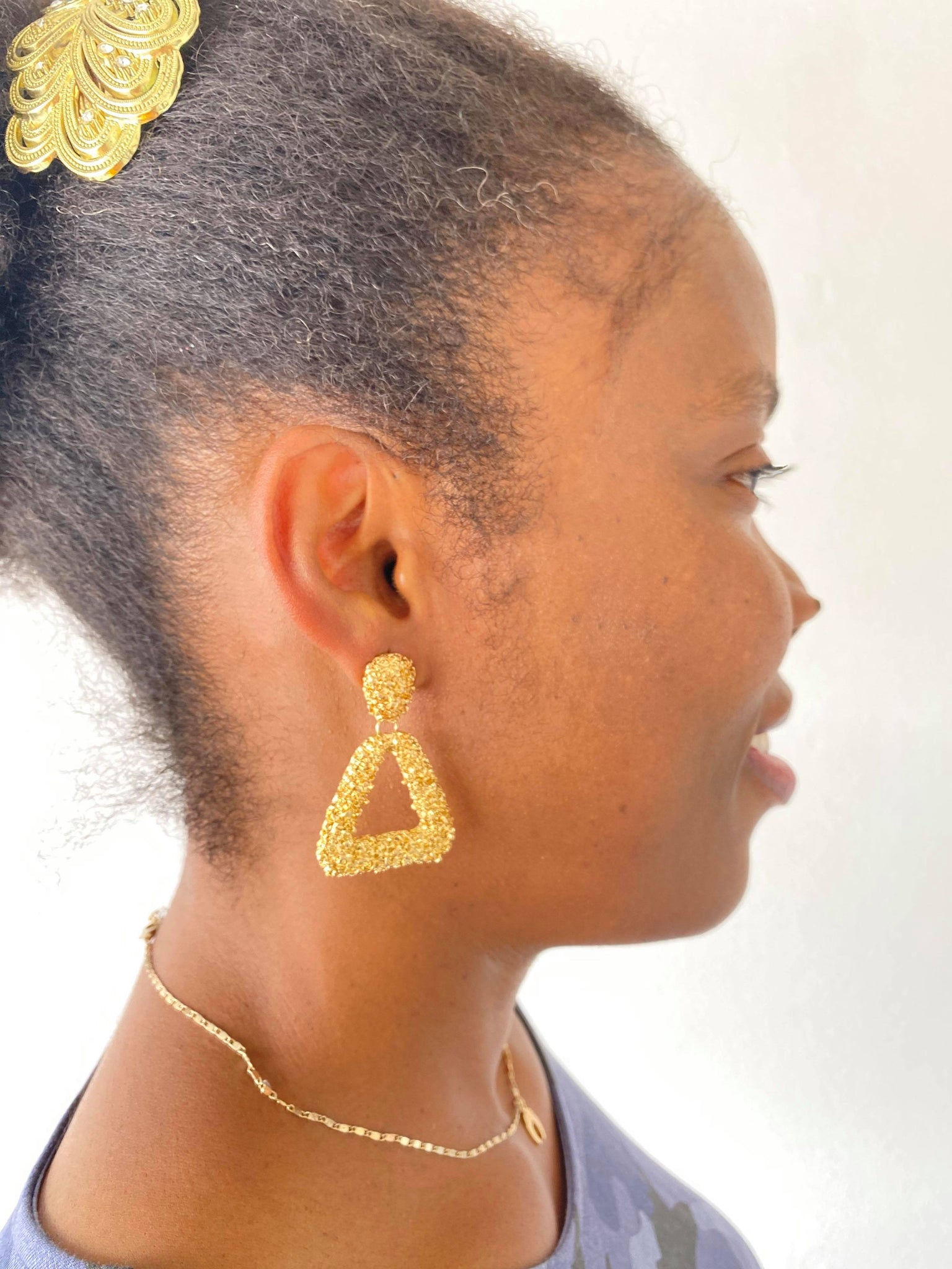 TEXTURED TRIANGLE DROP EARRING