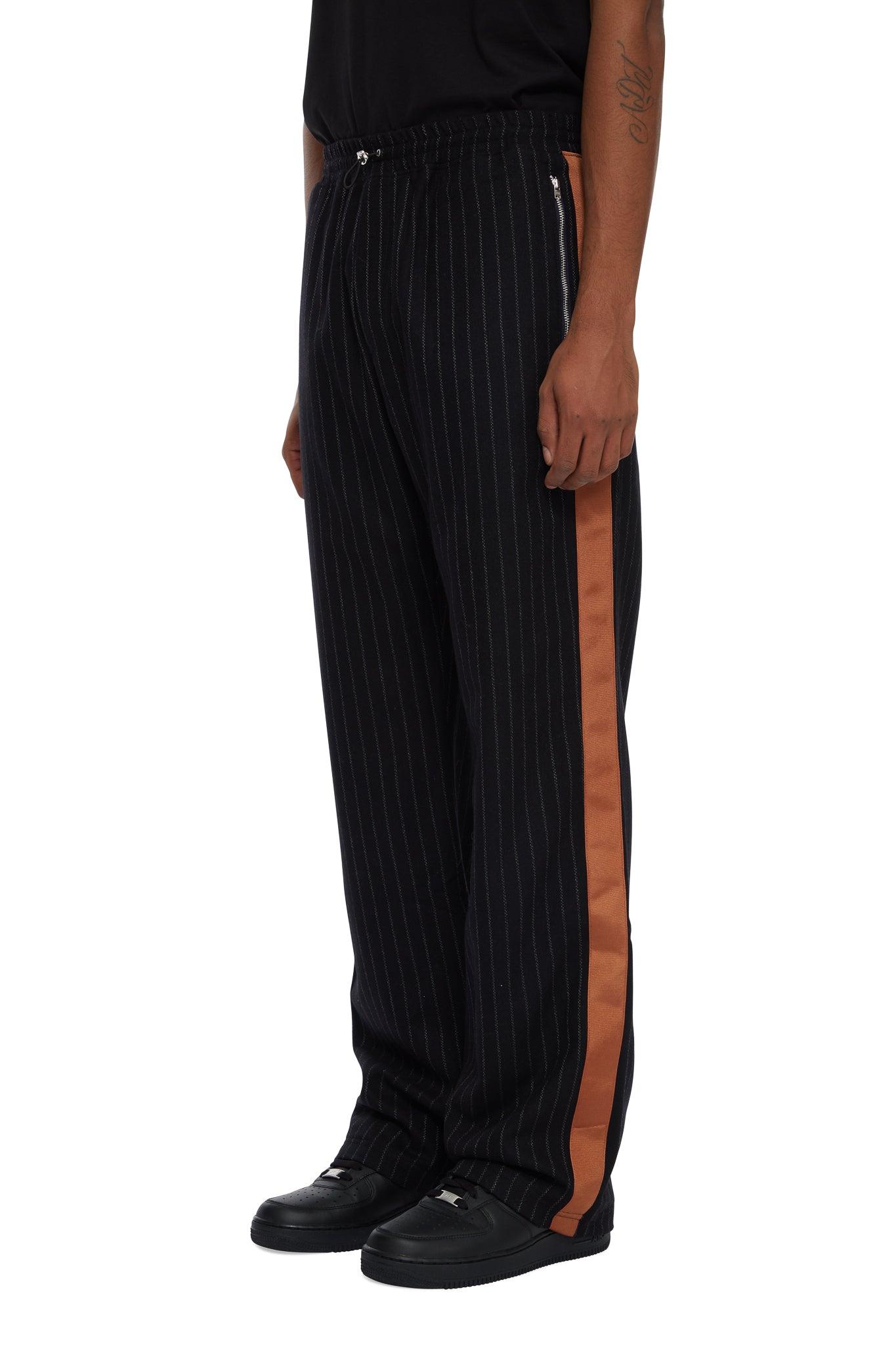 HTOWN, AHLUWALIA, AHLUWALIA KYLE TRACK PANTS, AHLUWALIA TRACK PANTS, AHLUWALIA MENSWEAR, HTOWN AHLUWALIA, AHLUWALIA GRANDAD TROUSER, WOOL STRIPED TRACK PANTS, GOLDEN RIBBON SIDE DETAIL, WOOL STRIPE, WOOL TROUSER, LONDON DESIGNER, LONDON BOUTIQUE, AUTUMN WINTER 2020, AW20, LUXURY DESIGNER, LUXURY FASHION, MEN'S LUXURY TROUSER, LUXURY TRACK PANTS, MENS TROUSER, MENS TRACK PANT