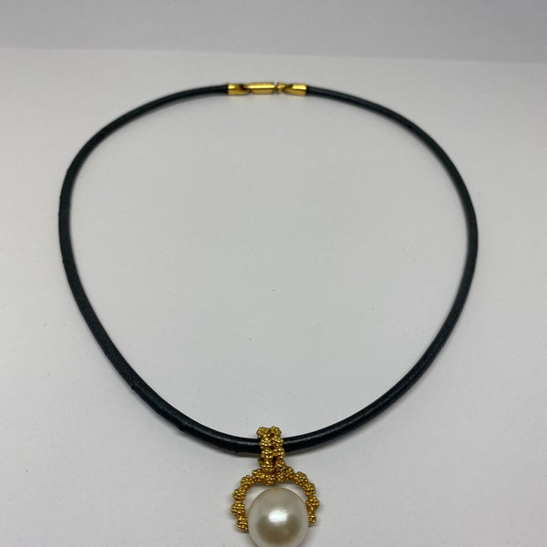 Collier or 18k Gilbert Albert  Perle de culture