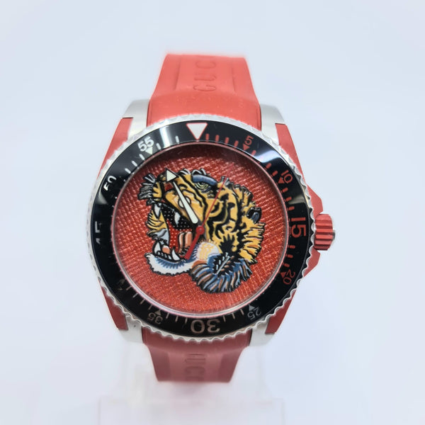 Montre Gucci Dive Tigre
