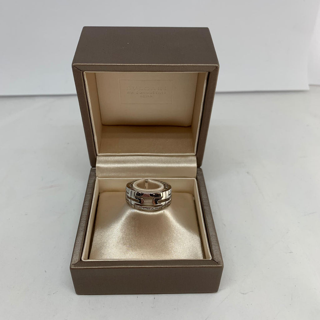 Bague Bulgari en or blanc 18k