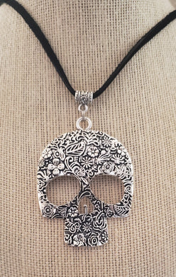 Skull Pendant Leather Suede Necklace