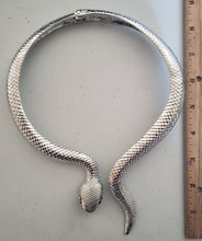 Load image into Gallery viewer, Wrap Around Snake Choker Necklace