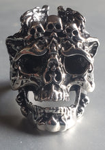 Load image into Gallery viewer, Mens Skull Ring
