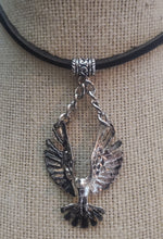 Load image into Gallery viewer, Flying Eagle Pendant Necklace