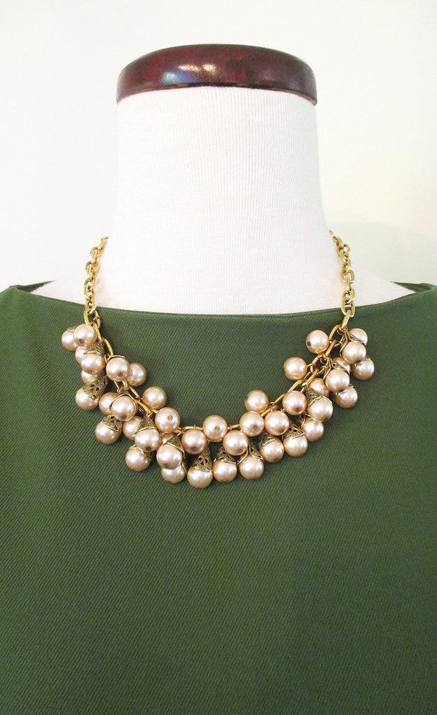 1940's Rose Pearl Necklace
