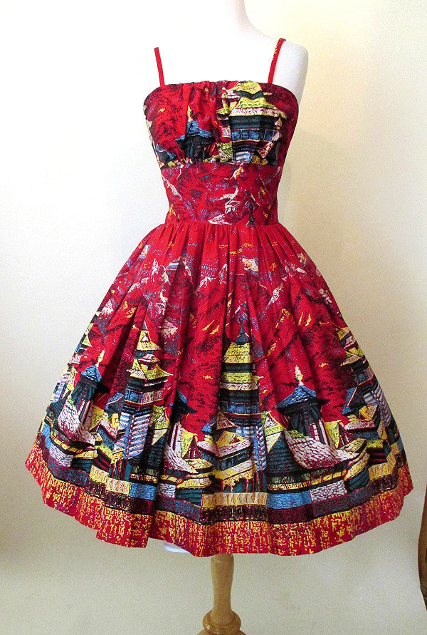 Adorable Oriental Teahouse 1950's style Sundress