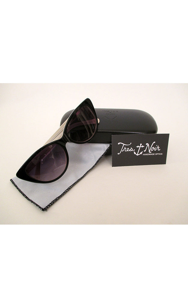 1950's Cat Eye Sunglasses--- Black