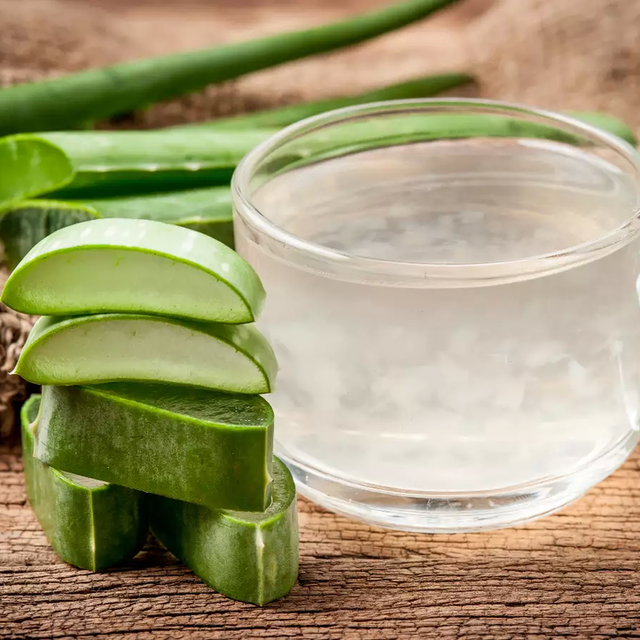 An Anti-Inflammatory Aloe Vera Drink To Help You Detox