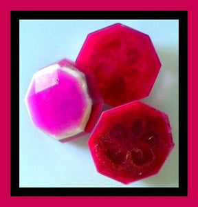 Soap - Loofah Soap - Gift Set - 4 Loofah Exfoliating Soaps - Soap for Woman - FREE U.S. SHIPPING