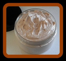 Load image into Gallery viewer, Banana Nut Bread Foaming Bath Butter Whipped Soap - Fall Soap - Soap in a Jar - 4 oz - FREE U.S. SHIPPING
