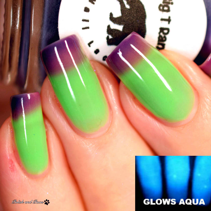 Color Changing and Glow Thermal Nail Polish - Ombre Purple/Green/Blue- Glows Aqua -